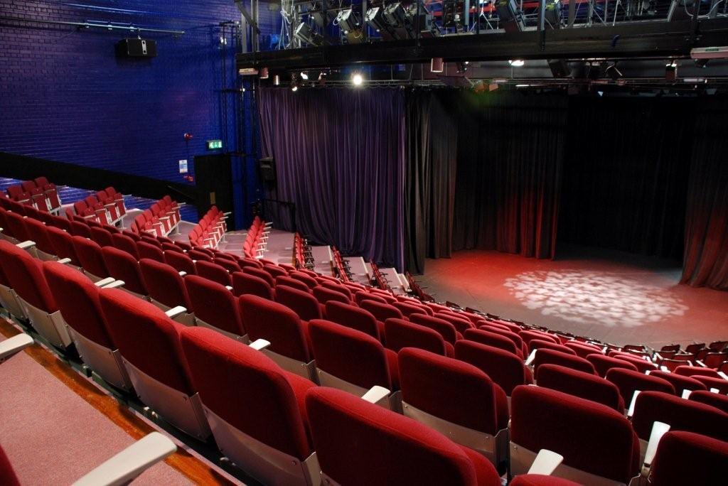 Accolade Riverside Theatre